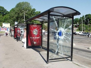 bus-stop-ads-football-cup-588x441.jpg